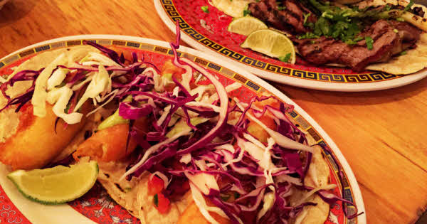 La Capital: Big Tacos in Little China thumbnail